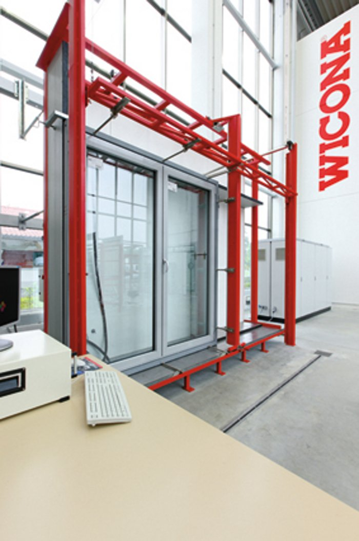 Wicona test centre for Fenster test
