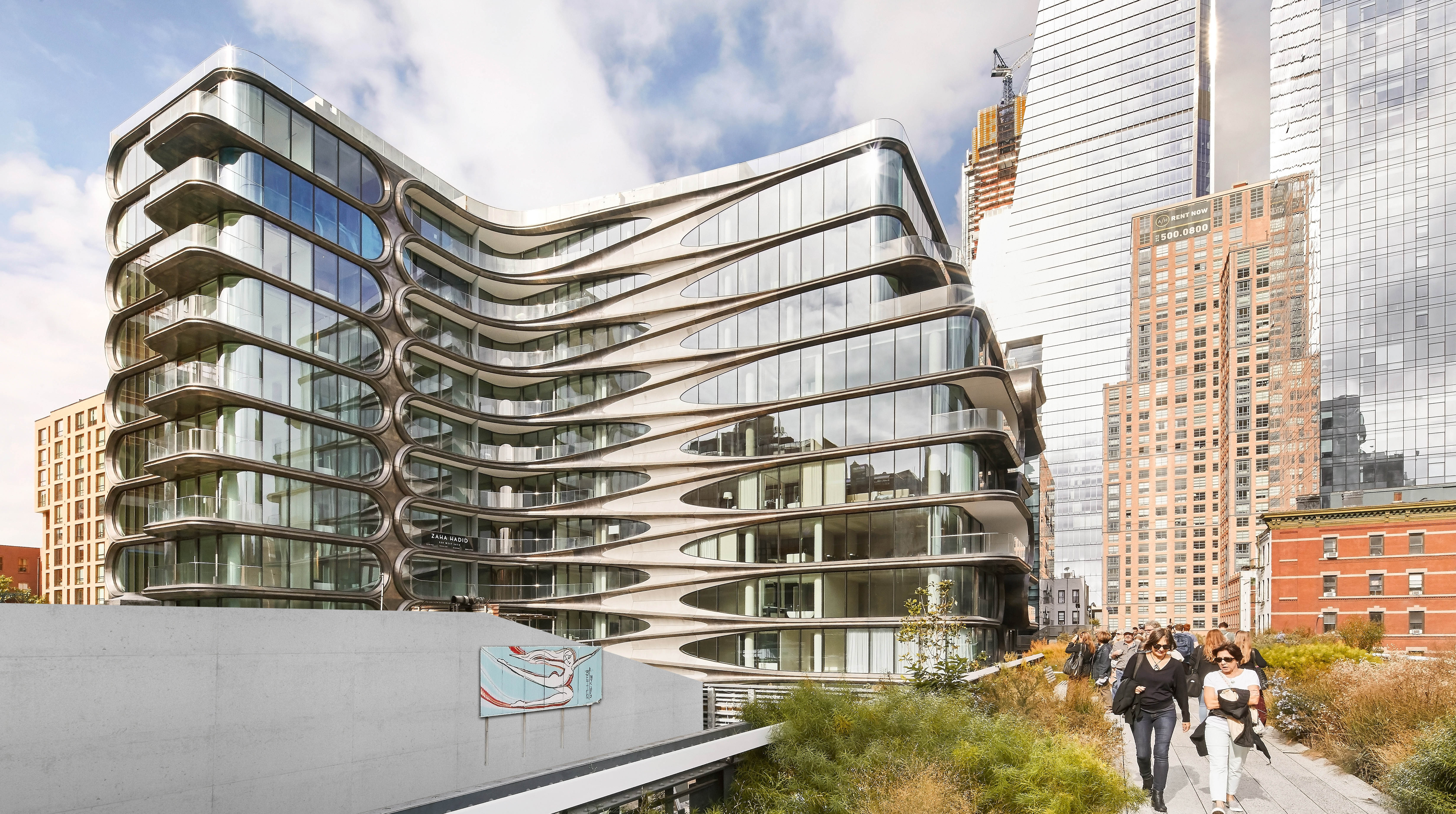 520 West 28th Street, New York - View of the Zaha Hadid designed building from the Highline