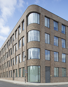External shot of Hiscox, York 01 - WICONA Project
