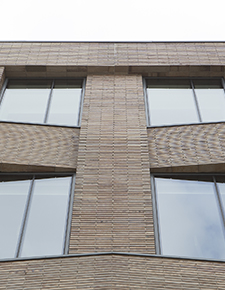 External shot of Hiscox, York 03 - WICONA Project